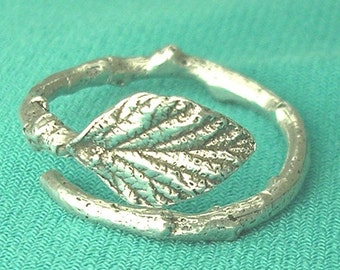 raspberry leaf ring eco friendly twig ring size 8 sterling silver