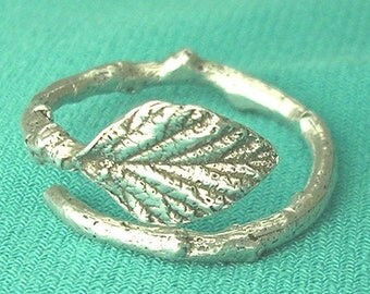 silver twig ring with raspberry leaf sterling silver botanical nature ring
