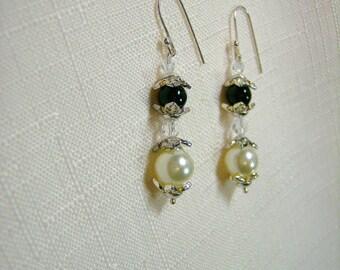 Black and Cream Pearl Earrings
