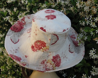 Creme Red Floral Print Sun Hat