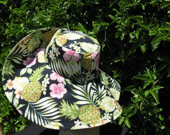 Wide Brim Sun hat Tropical Print