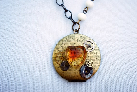Steampunk Necklace // VINTAGE Watch Gears and HEART Locket Necklace- Great for Valentines Day - Mothers Day - Anniversaries