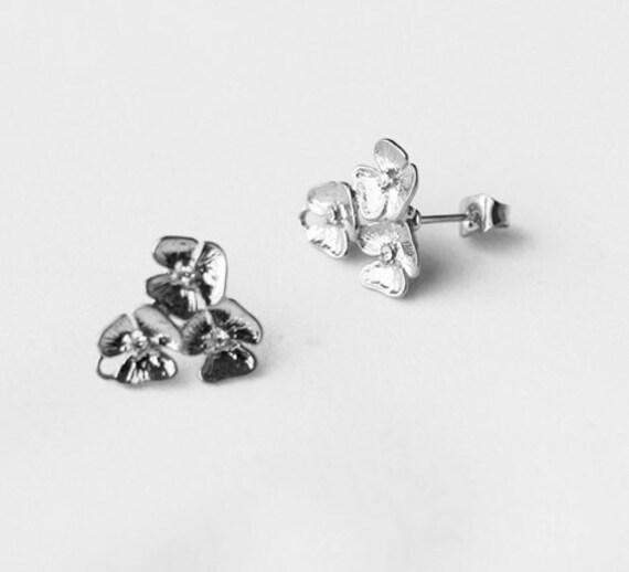 SALE 10 pcs Triple Flower Earring Earstuds Clear Crystal Rhinestone Silver Plated FREE combine shipping US EF028