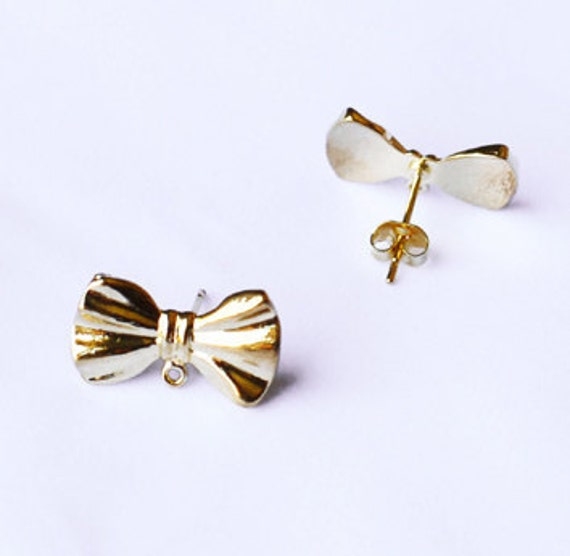 SALE 10 pcs Ribbon Bow Earring Earstuds Gold Plated EF018