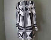 60s Super Mod Shift Dress in BLACK AND WHITE size medium