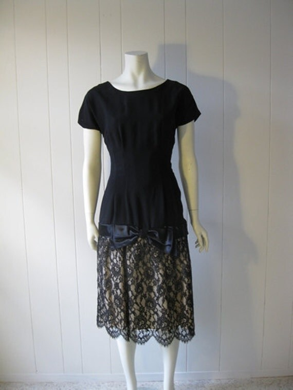 50s black LACE COCKTAIL dress size small Tall length Reserved