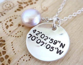 Latitude and Longitude geocaching necklace with coordinates, coordinate necklace, location jewelry, wedding location, remembrance necklace