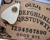 Spooky Halloween Ouija Board - 1972 Fuld