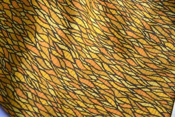 Vintage Fabric - Mid Century Design in Yellow and Orange - 46 x 58
