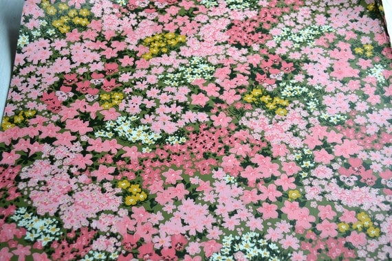 Vintage Wall Paper - Field of Pink Flowers - One Sheet