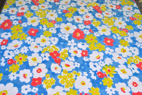 Vintage Tablecloth - Terry Cloth Floral - 60 inch Round