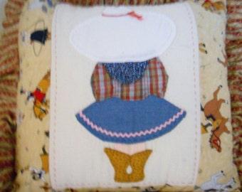 80's Sunbonnet Cowgirl Pillow Cover / Western Quilt Block / Sunbonnet Sue
