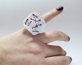 Sz 6.75 Floating Butterfly Chunky Resin Ring