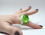 Sz 8.5 Green Planet  Resin Bubble Ring