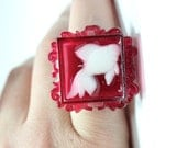 Sz 7.5 Ornate Koi Fish Fancy Resin Ring