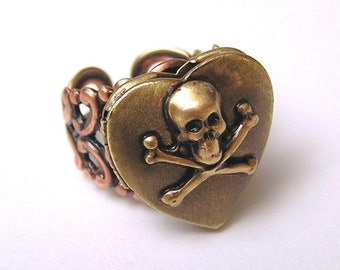 Love Potion locket Ring
