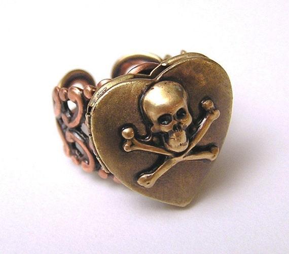 Love Potion locket Ring