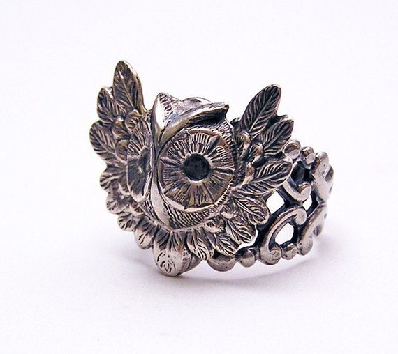 Steampunk OWL RING, Cute and Adorable (sw)