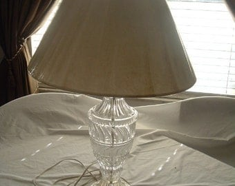 beautiful vintage crystal table lamp