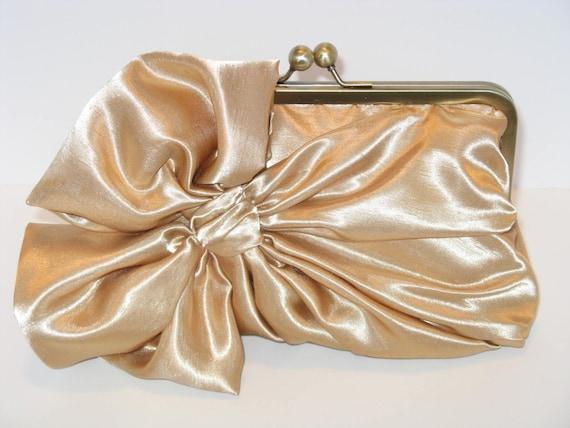 Elegant  Satin Bow Clutch In Gold