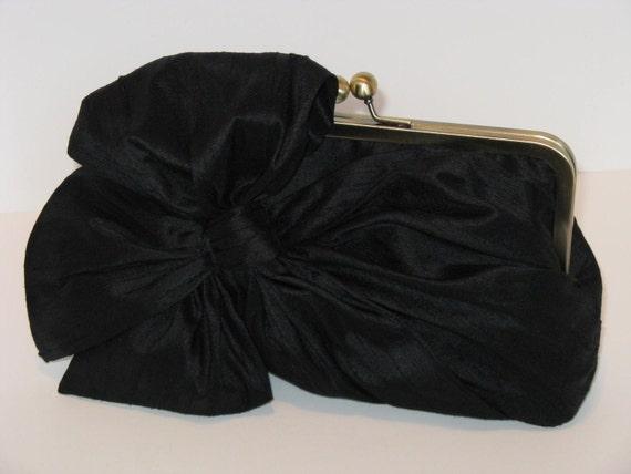 Elegant Silk Dupioni Bow Clutch In Jet Black