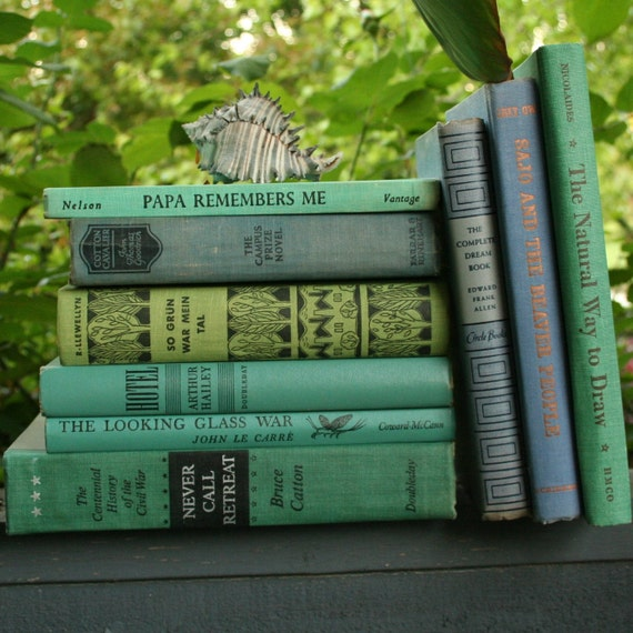 The Beach House Book: Vintage Beach House Blue And Green Book Set