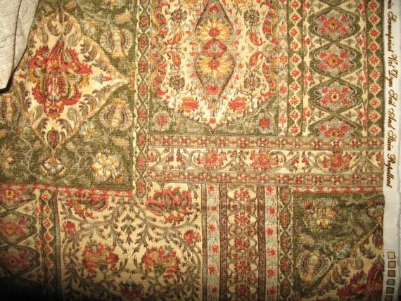 Renaissance English Pattern Medium Weight Cotton Cloth One Yard