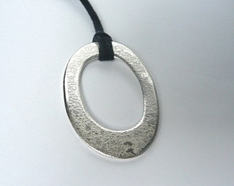 Geometric Etched Silver Pendant Necklace