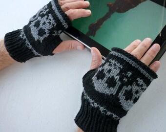 Knitted Wrist warmer- Fingerless mittens-Fingerless Gloves with skulls for men