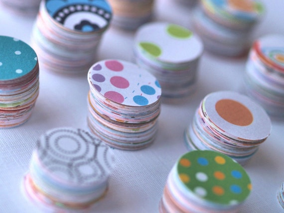 Lots and Lots of Spots and Dots ... Scrapbooking Paper Circles Fun Craft Supplies Art Projects Colorful  Patterns 250 One Inch Circles Round