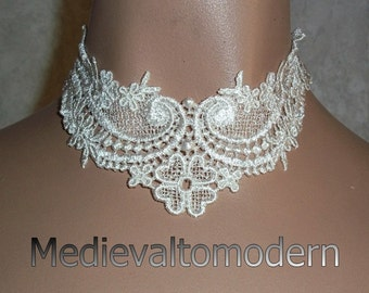 Choker in Elegant Intricate White Venise Victorian Wedding Collar Wearable Evening Art Dyable