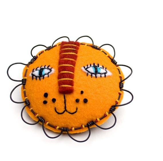 Felt Lion Face Brooch, mixed-media
