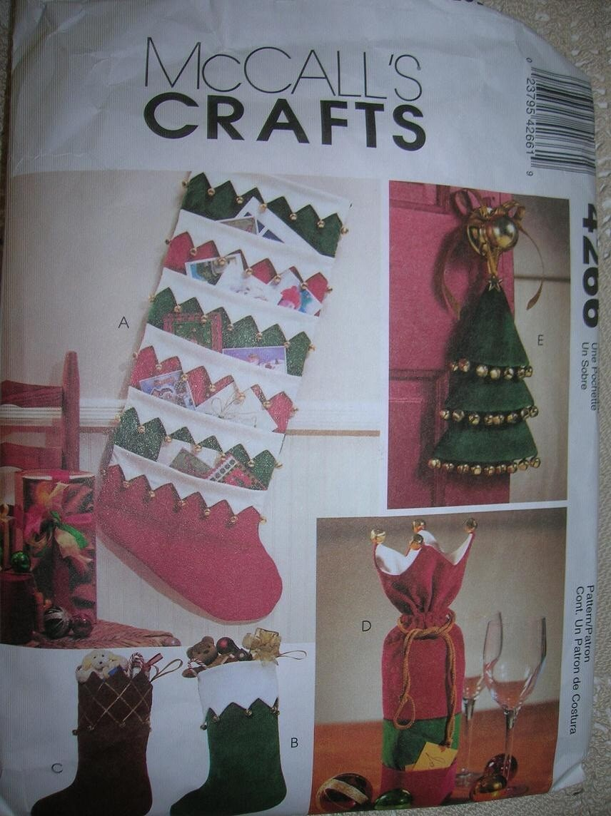 Mccalls crafts 4266 christmas crafts card holder by for Christmas card holder craft project