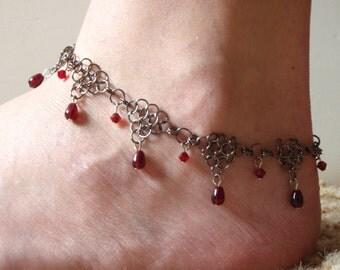 The Vampires Kiss Anklet
