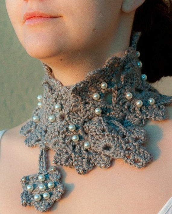 Sea Shell Flower GRAY Crochet Scarf / Neckwarmer by ...