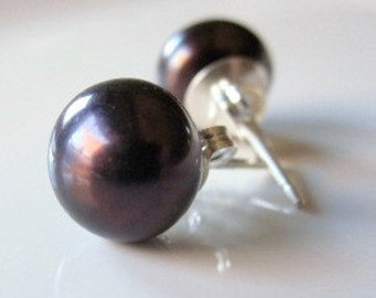 Black Pearl Studs, Black Pearl Earrings, Dark Pearl Studs, Sterling Silver Studs, Pearl Post Earrings, Dark Pearl Earrings, Real Pearl Studs