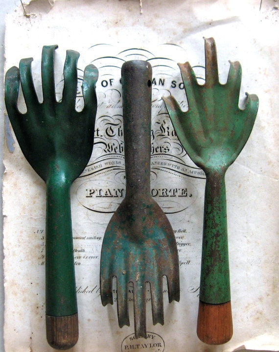 Instant collection of 3 vintage garden tools for Gardening tools vintage