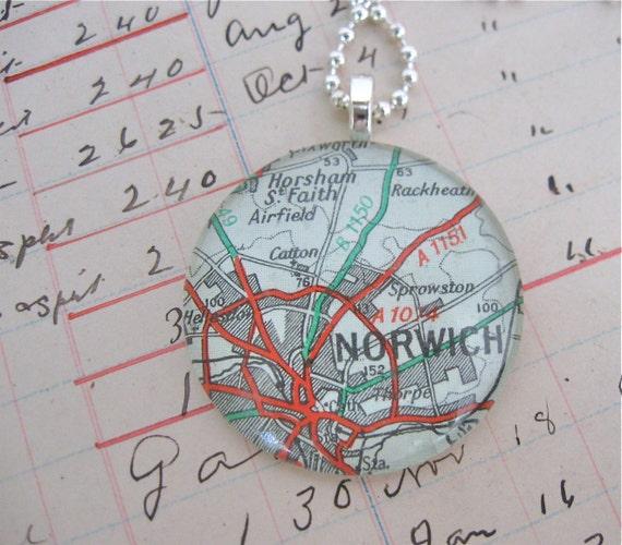 vintage map pendant norwich, england