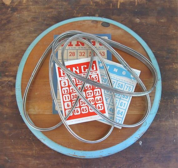 vintage oval embroidery hoops. metal sewing hoops, hand sewing supplies,