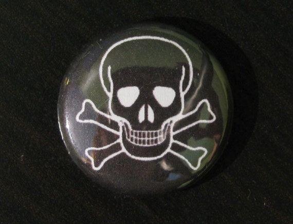 Black Skull and Bones pinback button