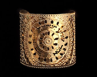 Kabbalah Gold cuff, Shma Israel Gold cuff, Hebrew Prayer, Moroccan Gold jewelry, Judaica jewelry, Kabbalah jewelry, Religious jewelry