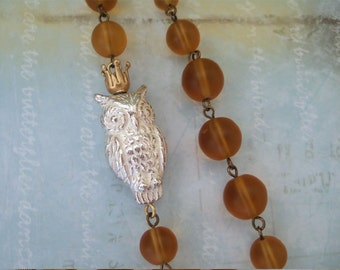 KING OWLIE antique brass long necklace with vintage silver lucite owl bead