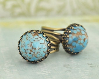 TURQUOISE BRASS RING vintage glass Turquoise color glass cab ring in antique brass