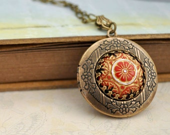antiqued brass locket neckalce - THE RUSSIAN PRINCESS - hand painted pressed glass cab locket necklace in antiqued brass