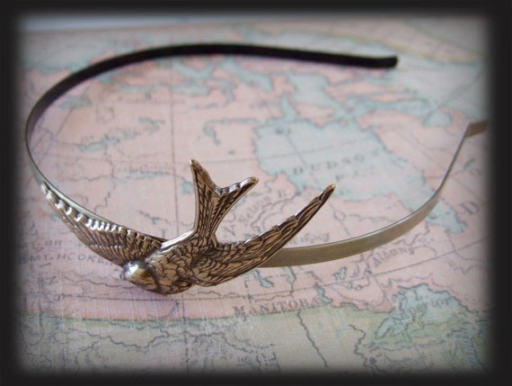 GLIDING SPARROW metal headband in brass