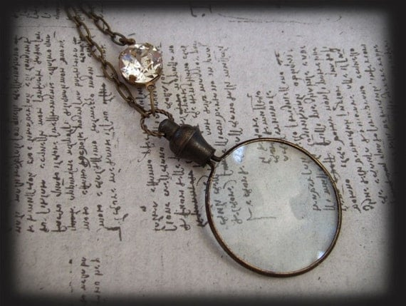 MAGNIFYING GLASS NECKLACE, steampunk vintage inspired necklace in antique brass