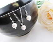 SET of 7 Bridesmaid Earrings Bridesmaid Necklace Sweet Crystal white Swarovski Pearls Bridal Jewelry Bridesmaid Jewelry Set