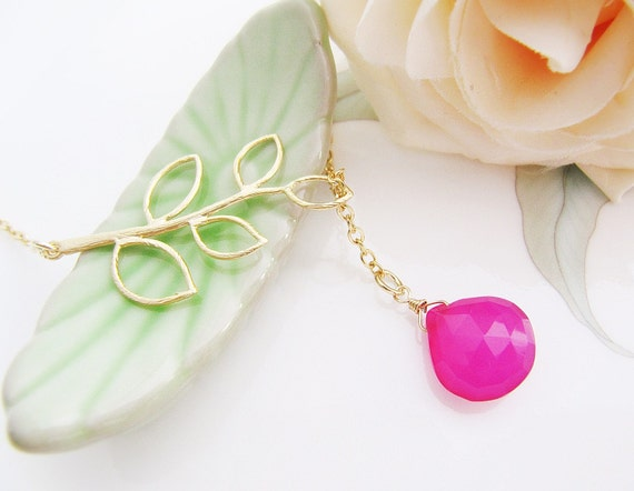Simple Leaf with Very Rare Candy Fruit Orange Pink Chalcedony Faceted Heart Briolette Necklace