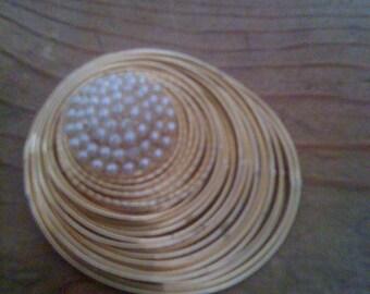 Vintage 1960s Gold Bird Nest Pin