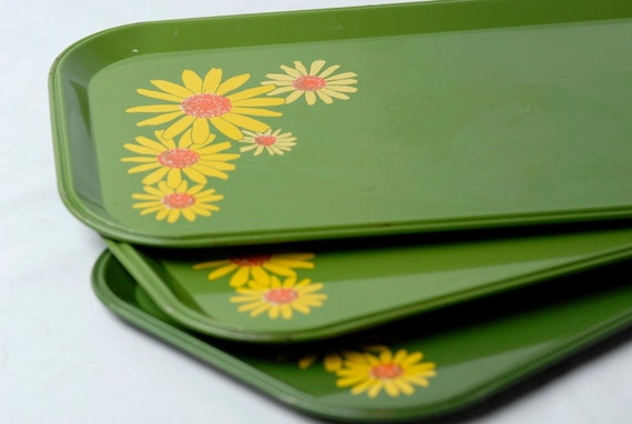CLEARANCE ITEM Vintage Trays Green with Yellow Flowers Set of 3